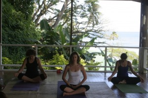 Daku-Resort-yoga-1-1024x682